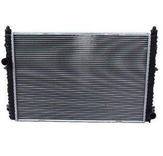 Land Rover Discovery 1999 2004 Radiator Eurospare PCC 107950 NEW Automotive