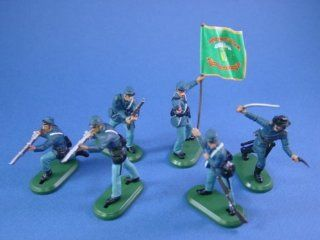 Britains Deetail Toy Soldiers American Civil War Union Irish Brigade with Regimental Flag 54mm Collectible Figures