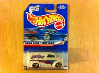 DAIRY DELIVERY * FIRST EDITIONS SERIES #10 of 40 * HOT WHEELS 1998 Basic Car Series * Collector #645 * Toys & Games
