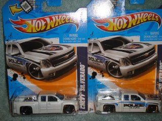 "RARE HOT WHEELS 2012 MAIN STREET SERIES CHEVY SILVERADO CITY OF YUMA ARIZONA POLICE TRUCK ERROR NO SIDE ""POLICE CITY OF YUNA"" TEMPO AND REGULAR SET, SET OF 2 CHEVY SILVERADO HOT WHEELS Toys & Games"