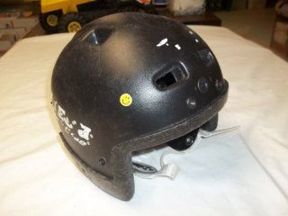 Itech TechLine Ice hockey helmet   young person size   measures approx 23 inches inside   good condition  Sports & Outdoors