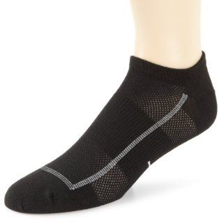 Feetures High Performance  Ultra Light No Show Socks Sports & Outdoors