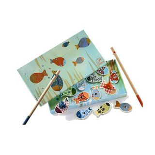 wooden magnetic fishing game by little baby company