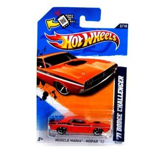 Hot Wheels   '71 Dodge Challenger (Orange)   Muscle Mania, Mopar 12   2/10 ~82/247 [Scale 164] Toys & Games