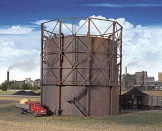 "Walthers HO Scale Empire Gas Works   Cornerstone Series&#174 Plastic Kit Gas Storage Tank 9 7/8"" 24.6cm Diameter x 9 1/8"" 22.8 Tall Toys & Games"