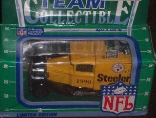 Pittsburgh Steelers 1990 Matchbox White Rose NFL Diecast Ford Model A Truck Collectible Car  Sports Fan Toy Vehicles  Sports & Outdoors