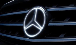 Mercedes Benz OEM Illuminated Star 2008 to 2013 C Class Sedan models Automotive