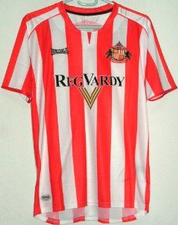 Sunderland 2005 07 Boys Home Jersey Red/White Large (11 12Y)  Sports Fan Soccer Equipment  Sports & Outdoors