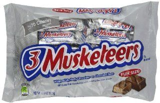 3 Musketeers Fun Size Candy, 11 Ounce Packages (Pack of 6)  Candy And Chocolate Bars  Grocery & Gourmet Food